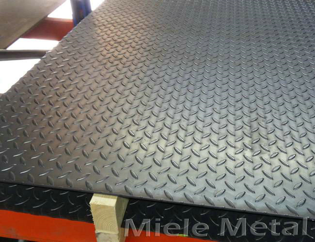checkered floor steel metal